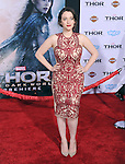 Hollywood, CA - NOVEMBER 04: Kat Dennings  arrives to Marvel's  THOR: THE DARK WORLD Premiere held at El Capitan Theatre in Hollywood, California on November 04,2012                                                                               © 2013 Hollywood Press Agency