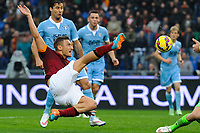 Francesco Totti of AS Roma scores the goal of 2-2 <br /> Gol Francesco Totti Roma . Goal celebration 2-2 <br /> Roma 11-01-2015 Stadio Olimpico, Football Calcio Serie A AS Roma - Lazio . Foto Andrea Staccioli / Insidefoto