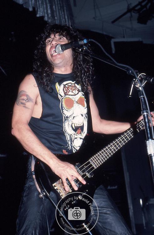 SLAYER Slayer, Tom Araya, Photo By David Plastik/IconicPix 1988 Los Angeles