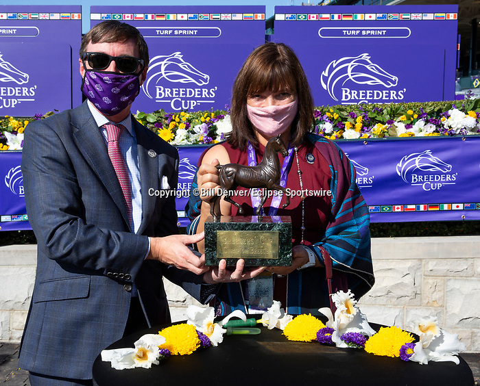 November 7, 2020: Breeders' Award, Filly & Mare Sprint on Breeders' Cup World Championship Saturday at Keeneland Race Course on November 7, 2020: in Lexington, Kentucky. Bill Denver/Breeders' Cup/Eclipse Sportswire/CSM