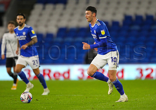 3rd November 2020; Cardiff City Stadium, Cardiff, Glamorgan, Wales; English Football League Championship Football, Cardiff City versus Barnsley; Kieffer Moore of Cardiff City brings the ball forward