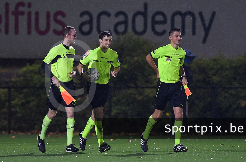 referees pictured with Alexander Braley (middle) , William Bara and Jonathan Binard during a female soccer game between Sporting Charleroi and RSC Anderlecht on the third matchday of the 2020 - 2021 season of Belgian Scooore Womens Super League , friday 2 nd of October 2020  in Marcinelle , Belgium . PHOTO SPORTPIX.BE | SPP | DAVID CATRY