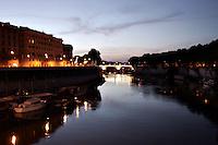 Roma 22/8/2004 <br /> Il Tevere. Foto Andrea Staccioli Insidefoto