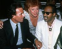 Julio Inglesias Regine Stevie Wonder 1986<br /> Photo By John Barrett/PHOTOlink.net