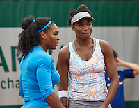 Paris, France, 29 June, 2016, Tennis, Roland Garros, doubles Venus Williams (USA) (R) and her sister Serena,  <br /> Photo: Henk Koster/tennisimages.com