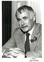 Robert Blair<br /> , president and CEO, NOVA ;  An Alberta Corporation, 1981<br /> <br /> Il devint  president d'octobre 1986 a fevrier 1989<br /> <br /> PHOTO : Agence Quebec Presse