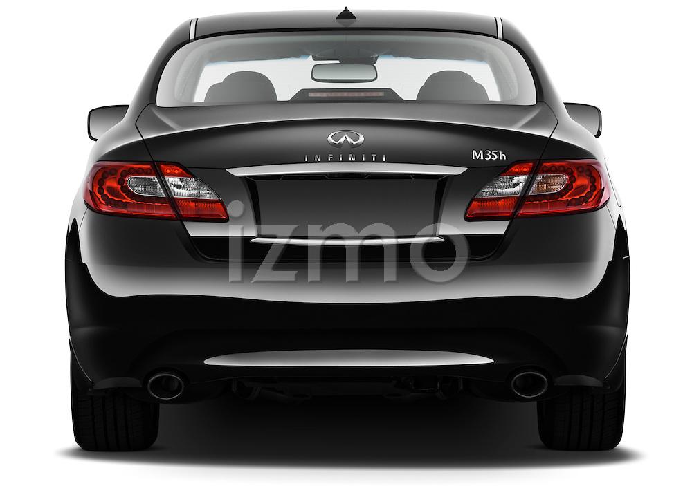 Straight rear view of a 2012 Infiniti M Hybrid