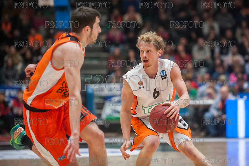 VALENCIA, SPAIN - December 2: Per Gunther during EUROCUP match between Valencia Basket Club and Ratiopharm ULM at Fonteta Stadium on December 2, 2015