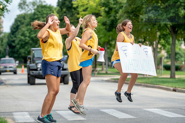 August 17, 2018; Residents of Welsh Family Hall welcome new arrivals to campus on move in day 2018. (Photo by Matt Cashore/University of Notre Dame)