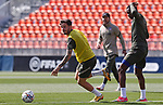 Atletico de Madrid's Saul Niguez (l) and Geoffrey Kondogbia during training session. April 21,2021.(ALTERPHOTOS/Atletico de Madrid/Pool)