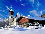 DEU, Bayern, Oberbayern, Berchtesgadener Land, Oberau mit Dorfkirche | DEU, Bavaria, Upper Bavaria, Berchtesgadener Land, village Oberau with church