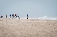 attacking the coastline<br /> <br /> UCI 2021 Cyclocross World Championships - Ostend, Belgium<br /> <br /> Elite Men's Race<br /> <br /> ©kramon