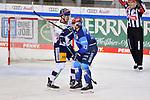 Tim Wohlgemuth (Nr.33 - ERC Ingolstadt) und Kai Wissmann (Nr.6 - Eisbären Berlin) geraten aneinander beim Spiel im Halbfinale der DEL, ERC Ingolstadt (dunkel) - Eisbaeren Berlin (hell).<br /> <br /> Foto © PIX-Sportfotos *** Foto ist honorarpflichtig! *** Auf Anfrage in hoeherer Qualitaet/Aufloesung. Belegexemplar erbeten. Veroeffentlichung ausschliesslich fuer journalistisch-publizistische Zwecke. For editorial use only.
