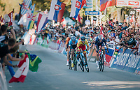 Alejandro Valverde (ESP/Movistar) outsprints Romain Bardet (FRA/AG2R-LaMondiale) & Michael Woods (CAN/EducationFirst-Drapac) for a sweet rainbow victory<br /> <br /> MEN ELITE ROAD RACE<br /> Kufstein to Innsbruck: 258.5 km<br /> <br /> UCI 2018 Road World Championships<br /> Innsbruck - Tirol / Austria