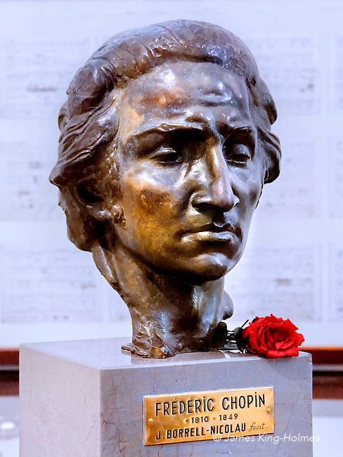 Bronze head of Polish composer& pianist Frédéric Chopin by J, Borrell-Nicolau. It is housed in the small museum in Valldemossa, Majorca, in the monastic cell in which he lived for a short period in 1838-39. The daily floral tribute to the composer has been carried out since the opening of the museum in the 1940s.