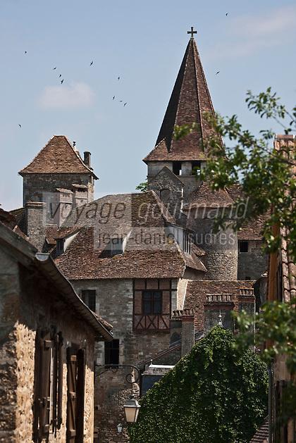 Europe/Europe/France/Midi-Pyrénées/46/Lot/Carennac: Clocher de l'église Saint-Pierre et toits des maisons du village - Plus Beaux Villages de France