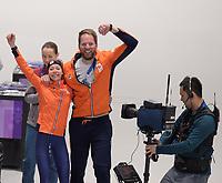 SPEEDSKATING: PYEONGCHANG: 16-02-2018, Olympics Korea, coach Remmelt Eldering and Gold Medal winner Esmee Visser (NED), ©Photo Martin de Jong