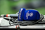 29.09.2010, Giuseppe Meazza Stadion, Mailand, ITA, UEFA CL, Inter Mailand vs Werder Bremen , im Bild Feature, Mikrofon, Champions Leauge, Sky Sport, Foto © nph / Roth