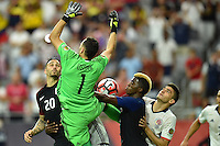Glendale, AZ - Saturday June 25, 2016: Geoff Cameron. David Ospina, Gyasi Zardes during a Copa America Centenario third place match match between United States (USA) and Colombia (COL) at University of Phoenix Stadium.