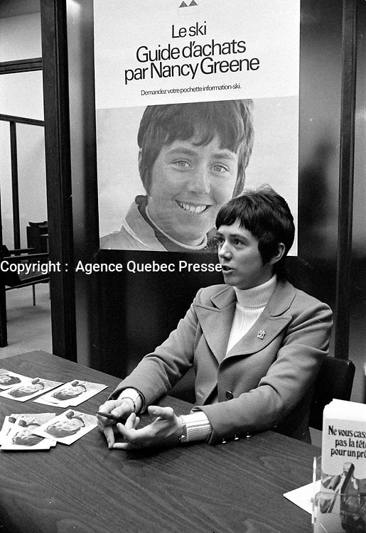 La  Skieuse Olympique - Nancy Greene<br /> le 19 novembre 1971<br /> <br /> Photographe : Photo Moderne