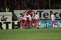 Torjubel Mainz 05 beim 1:0 - Ranisav Jovanovic dr¸ckt den Torsch¸tzen Leon Andreasen (beide FSV Mainz 05)
