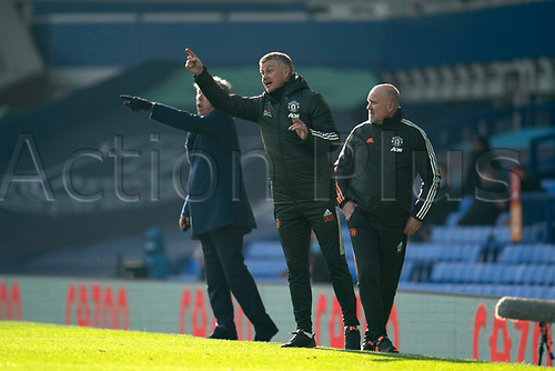 7th November 2020; Liverpool, England;  Manchester Uniteds manager Ole Gunnar Solskjaer issues instructions from the touchline during the Premier League match between Everton and Manchester United at Goodison Park Stadium