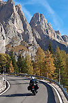 Italy, Trentino, Dolomites, at Passo Sella mountain passroad | Italien, Trentino, Dolomiten, auf dem Gebirgspass Sellajoch (ital. Passo Sella)
