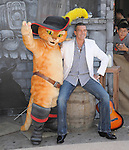 Antonio Banderas  attends DreamWorks Animation SKG L.A. Premiere of Puss in Boots held at The Regency Village  Theatre in Westwood, California on October 23,2011                                                                               © 2011 DVS / Hollywood Press Agency