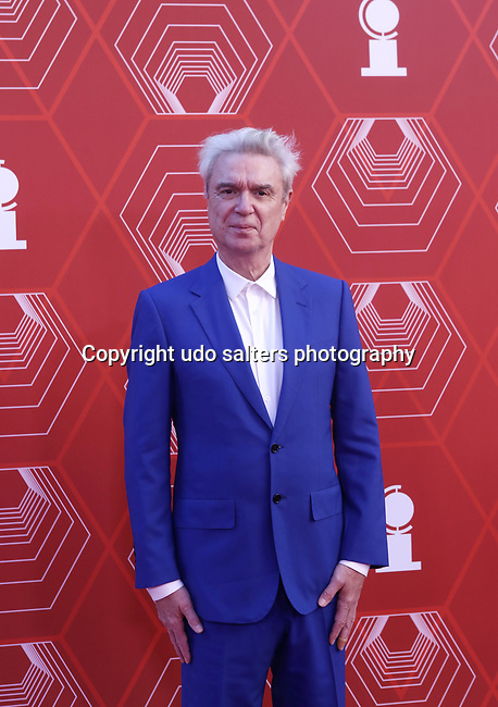 David Byrne attends the 74th Tony Awards-Broadway's Back! arrivals at the Winter Garden Theatre in New York, NY, on September 26, 2021. (Photo by Udo Salters/Sipa USA)