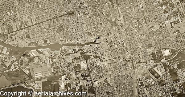 historical aerial photograph Stockton, California, 1967