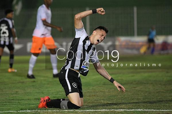 Saquarema (RJ), 28/03/2021 - Nova Iguaçu-Botafogo - Warley jogador do Botafogo,durante partida contra o Nova Iguaçu,válida pela 6ª rodada da Taça Guanabara,realizada no Estádio Elccyr Resende,distrito de Bacaxá,Saquarema (RJ),neste domingo (28).