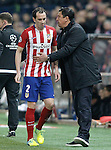 Atletico de Madrid's Diego Godin injured in presence of the second coach German Mono Burgos during UEFA Champions League match. March 15,2016. (ALTERPHOTOS/Acero)