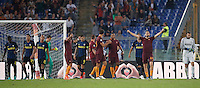 Calcio, Serie A: Roma vs Inter. Roma, stadio Olimpico, 2 ottobre 2016.<br /> Roma's players celebrate as Inter's players leave the pitch at the end of the Italian Serie A football match between Roma and FC Inter at Rome's Olympic stadium, 2 October 2016. Roma won 2-1.<br /> UPDATE IMAGES PRESS/Riccardo De Luca