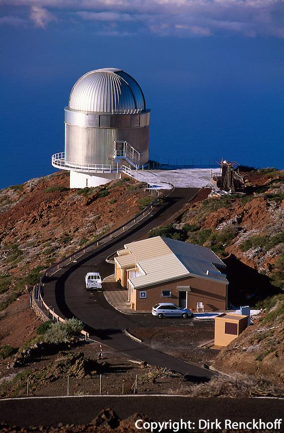 Spanien, Kanarische Inseln, La Palma, Observatorium am Roque de los Muchchos.