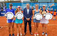 Amstelveen, Netherlands, 10 Juli, 2021, National Tennis Center, NTC, Amstelveen Womans Open, Doubles final: Winners :  Suzan Lamens (NED) and Quirine Lemoine (R) and runners up Amina Anshba (RUS) and Anastasia Detiuc (CZE)  receive the winners trophy  from Ronald Coster<br /> Photo: Henk Koster/tennisimages.com
