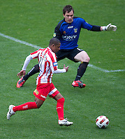 MELBOURNE, AUSTRALIA - SEPTEMBER 19, 2010: Alex Terra from the Heart runs with the ball in Round 7 of the 2010 A-League between the Melbourne Heart and Wellington Phoenix at AAMI Park on September 19, 2010 in Melbourne, Australia. (Photo by Sydney Low / Asterisk Images)