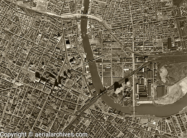 historical aerial photograph of Newark, Essex County, New Jersey, 1954
