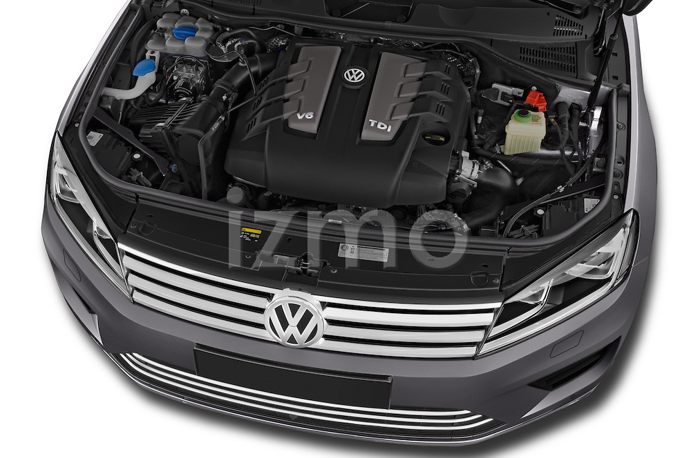 Car Stock 2015 Volkswagen Touareg Bluemotion 5 Door SUV Engine high angle detail view