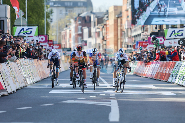 Tadej Pogacar (SLO) UAE Team Emirates, World Champion Julian Alaphilippe (FRA) Deceuninck-QuickStep, Alejandro Valverde (ESP) Movistar Team, David Gaudu (FRA) Groupama-FDJ and Michael Woods (CAN) Israel Start-up Nation sprint for the finish line at the end of the 107th edition of Liege-Bastogne-Liege 2021, running 259.1km from Liege to Liege, Belgium. 25th April 2021.  <br /> Picture: A.S.O./Aurelien Vialatte | Cyclefile<br /> <br /> All photos usage must carry mandatory copyright credit (© Cyclefile | A.S.O./Aurelien Vialatte)