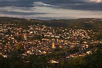 Europe/France/Midi-Pyrénées/46/Lot/Figeac: la ville vue depuis le Cingle