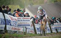 Koppenbergcross 2013<br /> <br /> Nikki Harris (GBR) on the famous Koppenberg cobbles