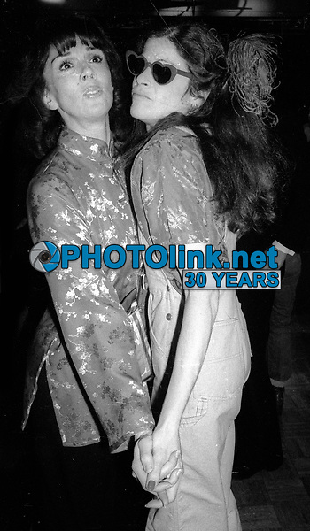 1978 FILE PHOTO<br /> New York City<br /> Phyllis Newman Gilda Radner at Studio 54<br /> Photo by Adam Scull-PHOTOlink.net