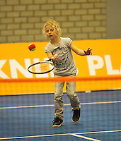 12-12-12, Rotterdam, Tennis, Masters 2012, little girl plying tennis