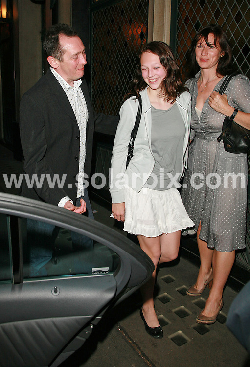 **ALL ROUND PICTURES FROM SOLARPIX.COM**.Paul Whitehouse leaves The Ivy restaurant in London with his family. 28th June 2007...This pic: Paul Whitehouse..JOB REF:  4168  GMT   DATE:  29.06.2007.**MUST CREDIT SOLARPIX.COM OR DOUBLE FEE WILL BE CHARGED* *UNDER NO CIRCUMSTANCES IS THIS IMAGE TO BE REPRODUCED FOR ANY ONLINE EDITION WITHOUT PRIOR PERMISSION*