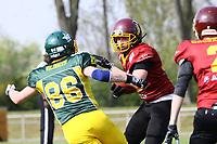 WR Florian Maier (Rüsselsheim) setzt sich durch - 08.04.2017: Rüsselsheim Crusaders vs. Nauheim Wildboys, Stadion am Sommerdamm