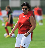 Hungary - Hongarije : UEFA Women's Euro Qualifying group stage (Group 3) - 20/06/2012 - 17:00 - szombathely  - : Hungary ( Hongarije ) - BELGIUM ( Belgie) :.assistent Bondscoach Tamara Cassimon.foto DAVID CATRY / JOKE VUYLSTEKE / Vrouwenteam.be.
