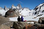 Argentina, Patagonia, El Chalten: View of Cerro Fitz Roy and Laguna de Los Tres, El Chalten, Patagonia, Argentina | Argentinien, Patagonien, El Chalten: auf dem Laguna de Los Tres hike mit Blick auf Cerro Fitz Roy