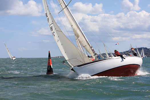 The Spirit of Cruisers 3 – the vintage Nicholson 31 Saki (Michael Ryan & Paget McCormack) is raced with the same determination in DBSC Cruisers 3 as much more modern stripped-out performance craft