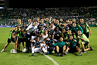 PALMIRA-COLOMBIA, 24-10-2019: Jugadores de Deportivo Cali, celebran la victoria sobre Once Caldas, durante partido entre Deportivo Cali y Once Caldas de la fecha 19 por la Liga Águila II 2019  jugado en el estadio Deportivo Cali (Palmaseca) de la ciudad de Palmira. / Players of Deportivo Cali celebrate the victory over Once Caldas, during a match between Deportivo Cali and Once Caldas of the 19th date for the Aguila Leguaje II 2019 played at the Deportivo Cali (Palmaseca) stadium in Palmira city. Photo: VizzorImage / Nelson Ríos / Cont.