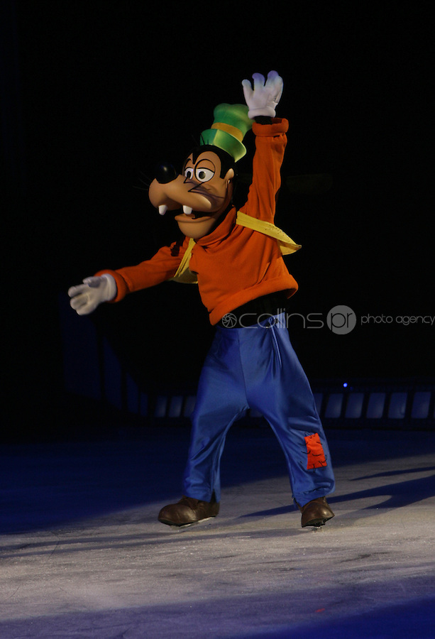***** NO FEE PIC*****.26/12/2010.Disney's Goofy.during  Disney On Ice : 100 Years of Magic at the Citywest Hotel , Dublin..Disney on Ice runs from 26th December till the 2nd January 2011 with tickets available from Ticketmaster & Box Offices for all shows. .Photo: Gareth Chaney Collins